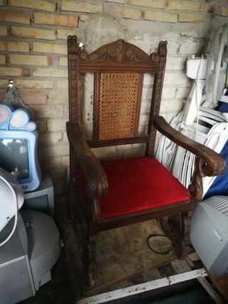 se vende silla antigua
