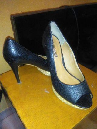 zapato tacón tacones
