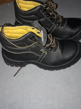 Seguridad Mujer Mano Provincia Zapatos La De Segunda En f5wxEx