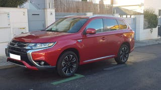 Mitsubishi Outlander PHEV Kaiteki 4WD. Hibrido + Electrico 0 emisiones