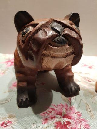 Figuras madera perro y gato
