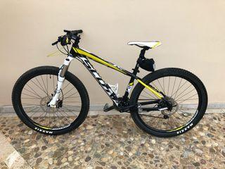 Mountain bike scott scale 770