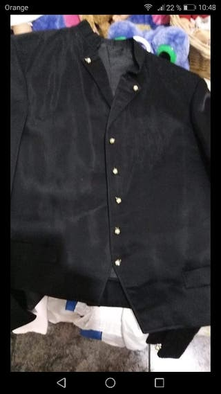 chaquetilla fallero negra