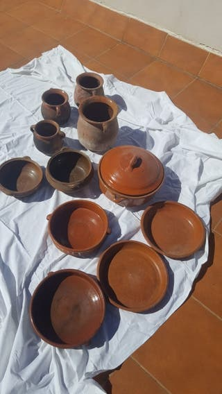 Lote de ollas y cazuelas de barro antiguas
