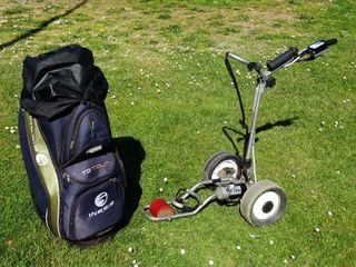Carro eléctrico + palos de Golf