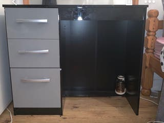 BLACK AND GREY DRESSING TABLE