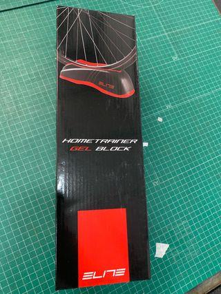 Soporte rueda para rodillo Elite. Home trainer gel