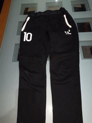8dbcf4606 Pantalones Adidas Messi para niño de segunda mano por 15 € en ...
