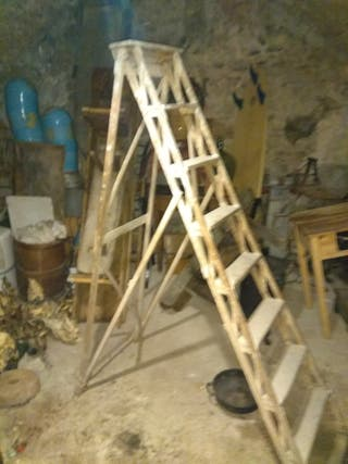 escalera antigua,