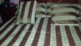 Colcha edredón para cama de 1,50 y 1,60 de segunda mano por