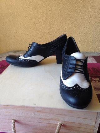 Zapatos tacón piel, 38