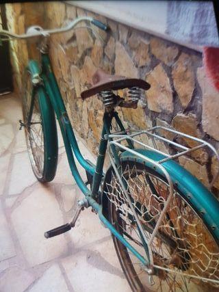 bicicleta Orbea con 60 años de antiguedar
