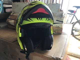 ¡NUEVO! Casco de moto Atom SV MT Helmets (talla M)