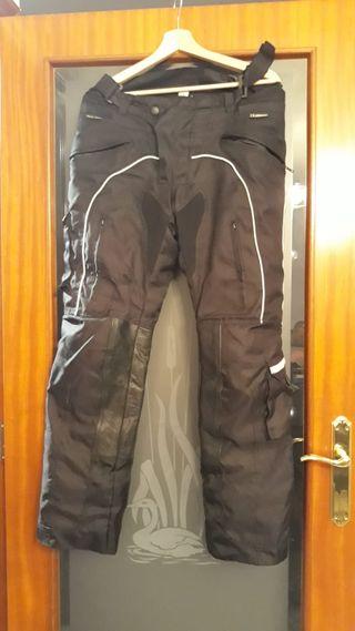 73e205d2ed3 Pantalones impermeables de segunda mano en la provincia de Tarragona ...
