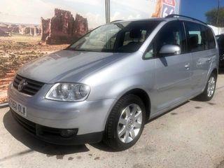 Volkswagen Touran 1.9 tdi i Advance