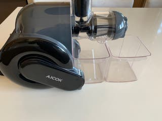 Licuadora Aicok prensado en frío, sin uso