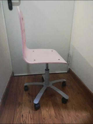 silla Ikea rosa