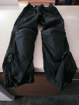 Pantalón moto con protección de rodillas