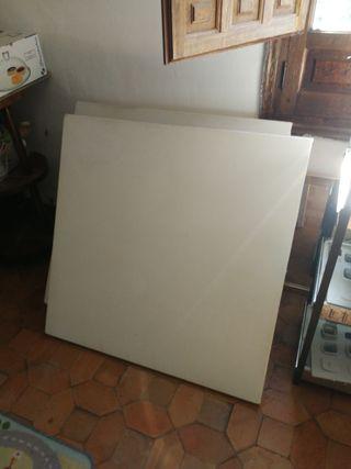 Mesa madera 1*1mt