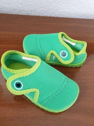 zapatillas piscina nuevas