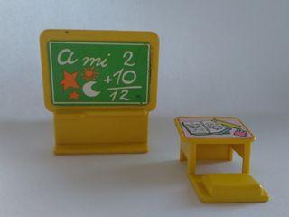 Pinypon mobiliario de Escuelita vintage años 80
