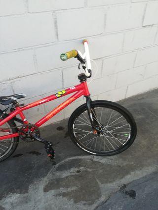 bicicleta bmx race