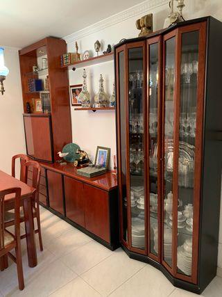 Conjunto Armario Comedor y mesa 6 sillas
