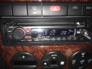 Se vende radio cd Sony