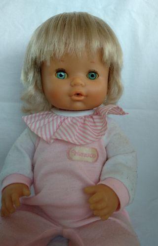 Muñeca Nenuca de NENUCO de los años 80 con pijama