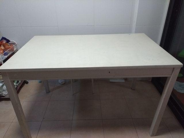 Mesa ikea cocina o comedor de segunda mano por 15 € en Cuarte de ...