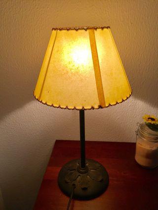 Lámpara de mesita