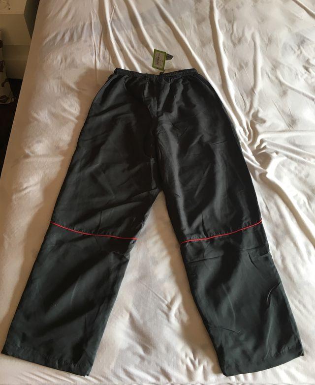 Pantalón DUNLOP chico T: L. NUEVO