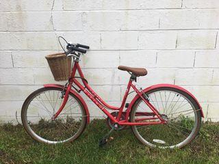 Bicicleta de paseo tipo holandesa