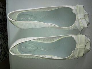 Sandalias blancas muy comodas