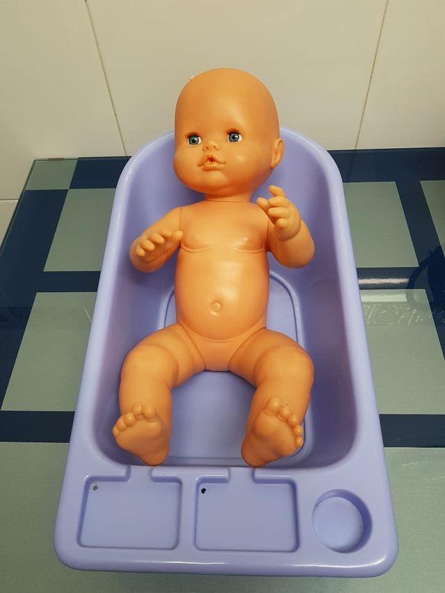 bañera nenuco.