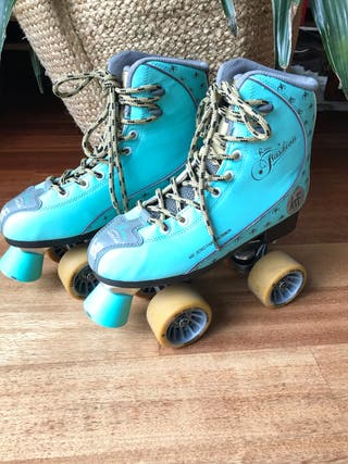 KRF Retro Roller Skate Turquesa