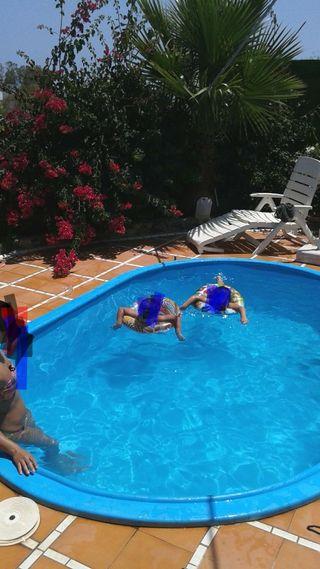 piscina de poliester con depuradora