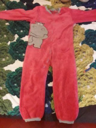 4c729d494e Pijama Entero de segunda mano en Barcelona en WALLAPOP