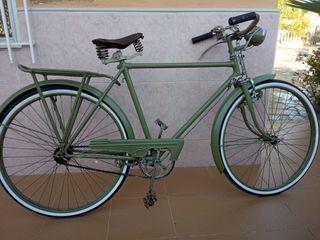 Bicicleta antigua varillas