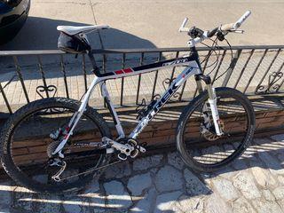 Bicicleta mtb Trek 6700 Disk