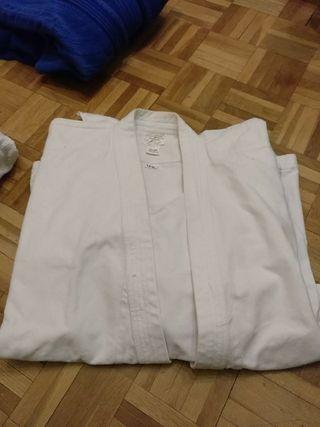 kimonos de jiu jitsu y de judo