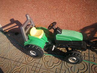 tractor de pedales