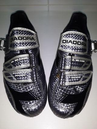 Zapatillas ciclismo spinit Diadora.