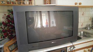 televisión tubo grande