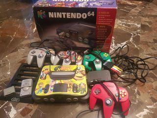 Nintendo 64 + 4mandos + caja y accesorios
