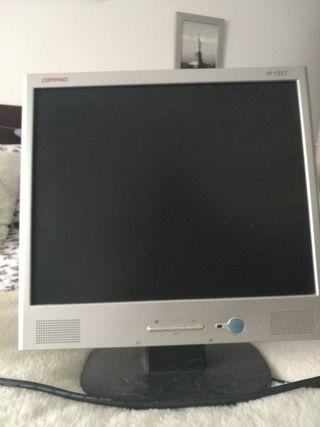 "Monitor Compaq 17"""