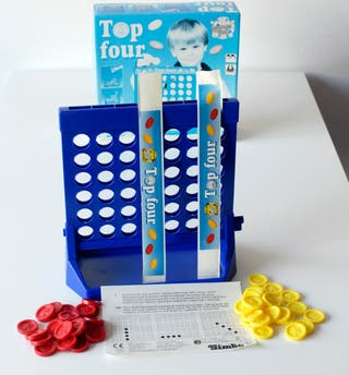 Juego Top Four, de Simba. Made in China. Nuevo