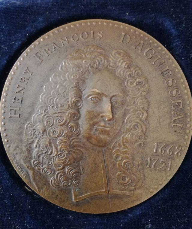 Antigua Medalla de Bronce Francesa
