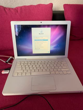 MacBook a 1181 2 gb y 120 de disco interno