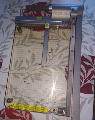 guillotina papel
